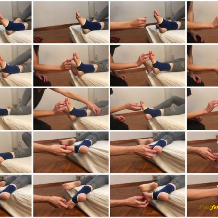 Doll House Studio – Sprained Ankle Tickling Jenny