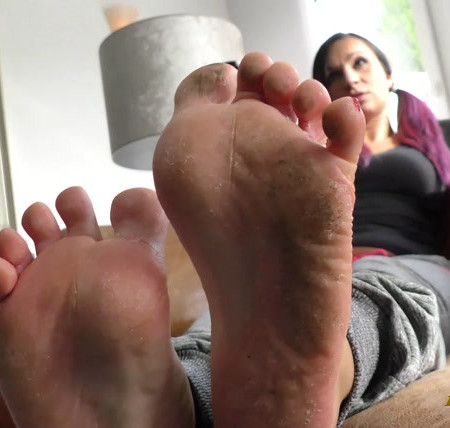 Sofia perfect feet and her first shooting
