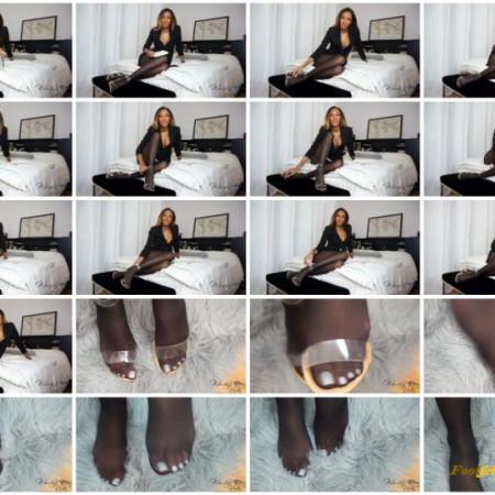 Goddess Vida – Professor Turned Foot Slave
