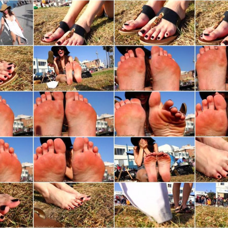 California Beach Feet - beautiful feet long toes pedicured toenails