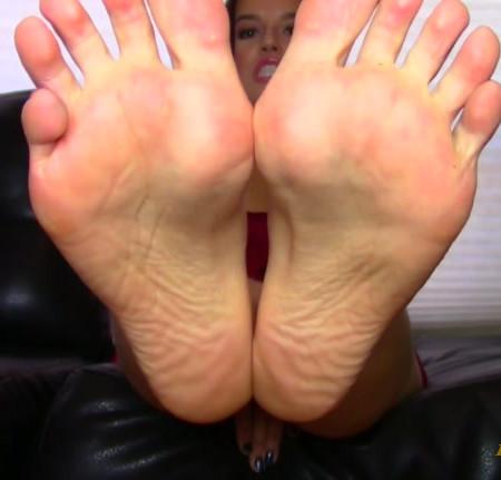 Christy Berrie - Neighbor Caught Fucking My Feet