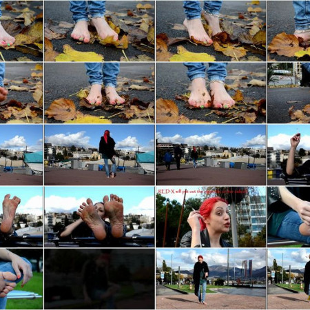 Barefoot Urban Girls - RED-X: barefoot autumn in Lugano