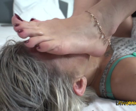 Bffvideos - Princess Liz Bella First Foot Worship Pt.2