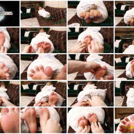 Hannah In Fetishland – Free Rent for Being Tickled