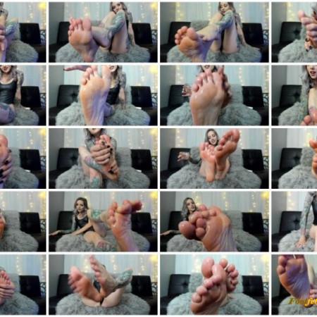 Khaleesi Buttz - Oily Foot Fantasy