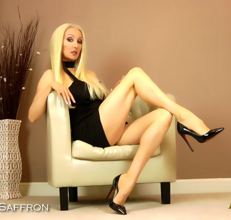 Goddess Saffron - Bow to My Legs