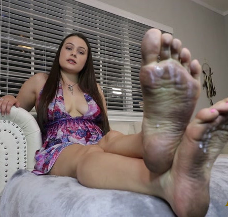 Princess Ivory - Dirty Feet Treat