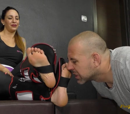 Goddess Zia - Neighbor Complains - Foot Worship and Torment With Really Stinky Shin Guard