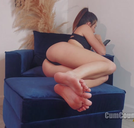 Nikki Next – Time To Pay And Stare