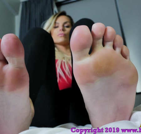 Brat Princess 2 – Princess Becky – Stinky Post Workout Foot Worship