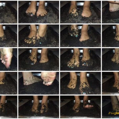 nataliefox - Muddy Feet…