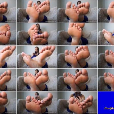 Daria's KingDom - Feet Ignore