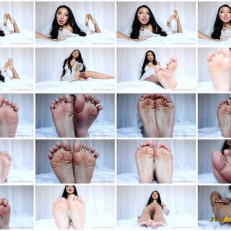 Empress Jennifer - Goddess Wife Foot Life
