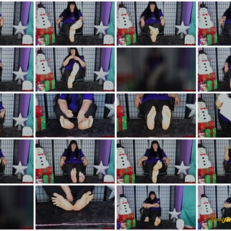 Doll House Studio – Converse Sneakers Tickling Feet