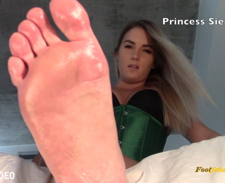 Princess Sienna - Foot Inhaler