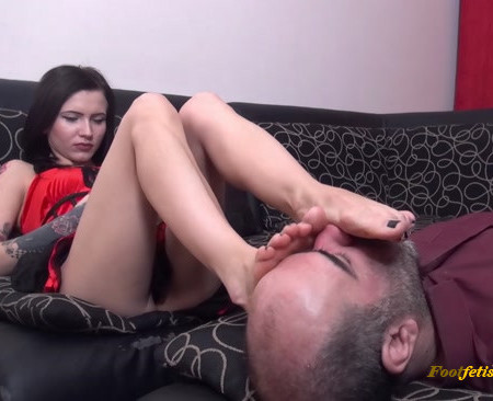 Lady Veronica - Octoberfest - EPIC Foot Worship, Footstool And Ignore