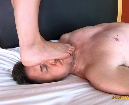 Bratty Foot Girls - Cadence Lux - Super POV Trampling and Facestanding