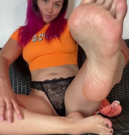 ashley fancy fetish - socks and soles joi