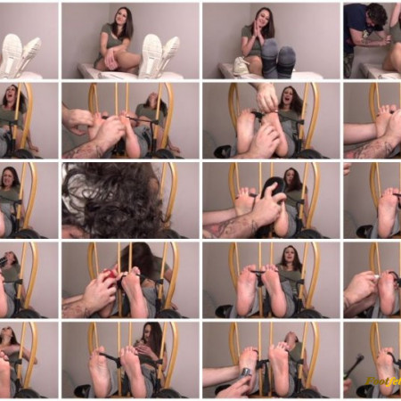 The Tickle Room - Claudia Lewis Audition - Lets Get Intense - Pt 1 Softest Runner Feet