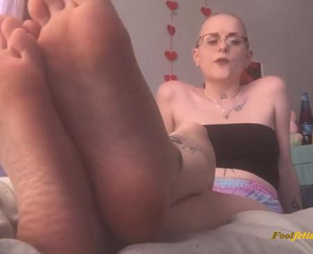 pink pagan – Foot Fetish Degredation Pt. 6