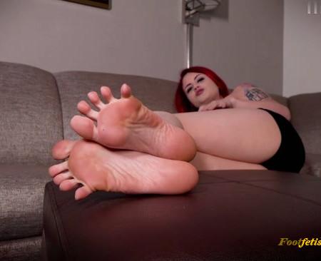 Raquel Roper - Hotel Foot Rag