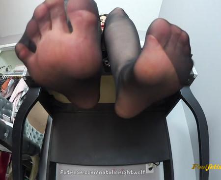 Natalie POV feet