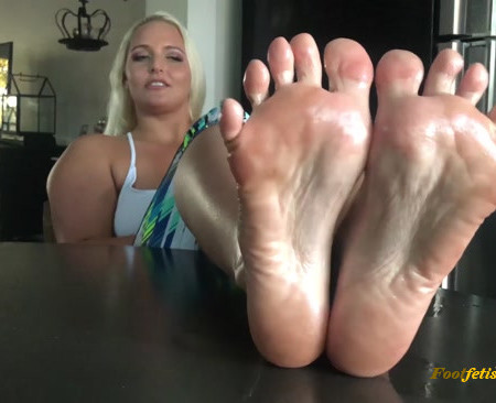 Macy Cartel - Oiled Soles