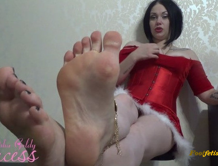Mistress Goldy – Christmass Foot Fetish gift