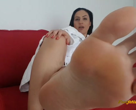 Goddes Ezada Sinn - Task Of The Day I just stepped out of show
