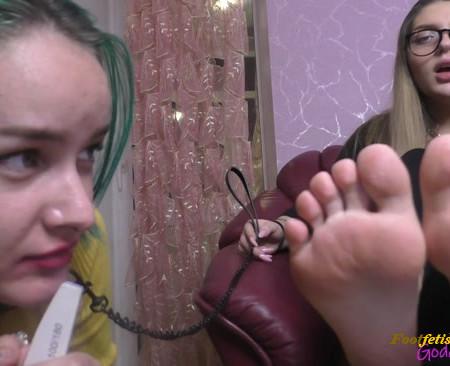 my Goddess Valeria - Eat the dust from My toenails