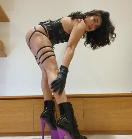 Who's ready to beg to worship my 8 inch deadly heels