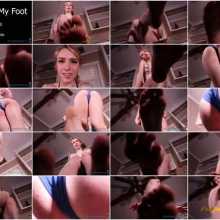 Fetishland Studios - Macy Nikole - Bottom Of My Foot