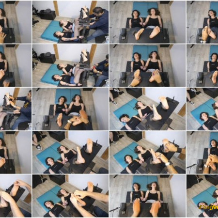 French Tickling – Feline and Camily's Extra Ticklish Feet Endure Together