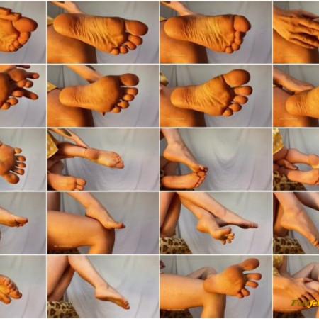 DommeTomorrow - Her Foot Wrinkles