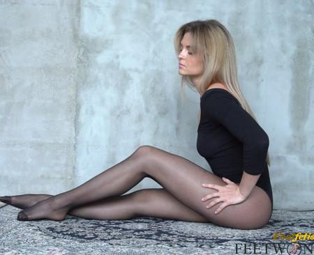Natalie – Sexy Teasing In Black Nylon Pantyhose