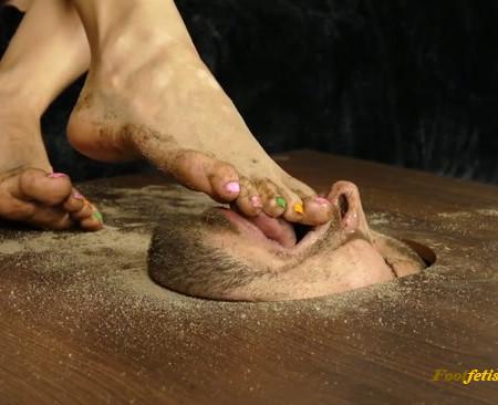 Lady Kara - Personal doormat for my dirty feet