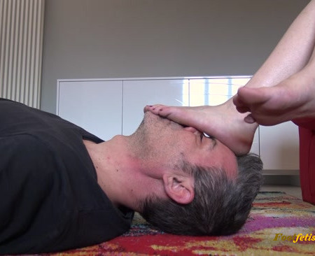 Best great female foot worship videos for 19.07 (include 10 clips)