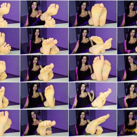 Miss Daria - Submit to my feet