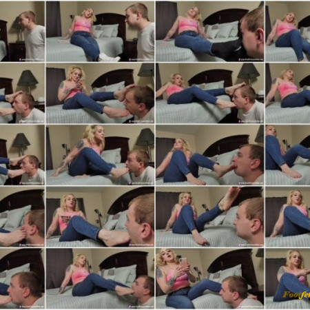 Brat Princess - Princess Mariah - Bratty Sorority Girl Dominates a Beta Simp with Feet