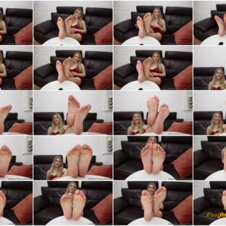 FMUK Foot Fantasies – Lyna
