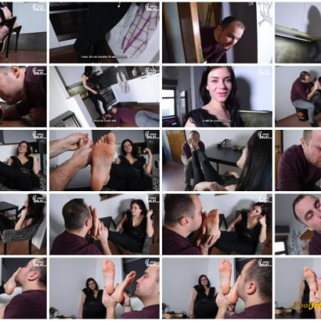 Czech Soles – Vicky – Anniversary, foot worship and high heels surprise