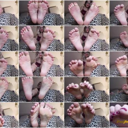 Mistress Uzi – Intense Feet Desire