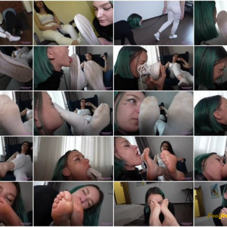 Licking Girls Feet – SELENA – You are my personal sweat licker