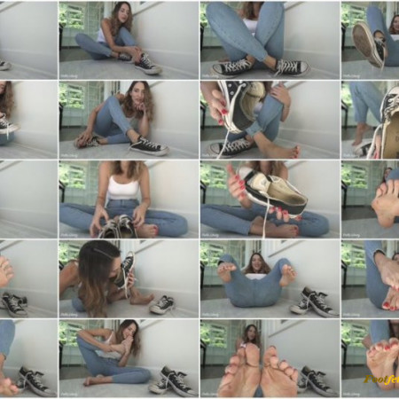 Stella Liberty - Rock Hard for Converse Feet