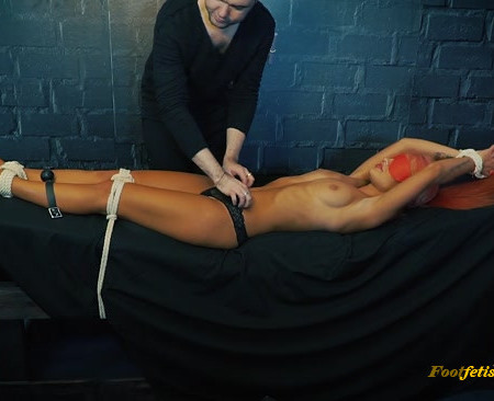 Russian Fetish – Sexy blinded Alsu inquisition tickling and biting her sweet body