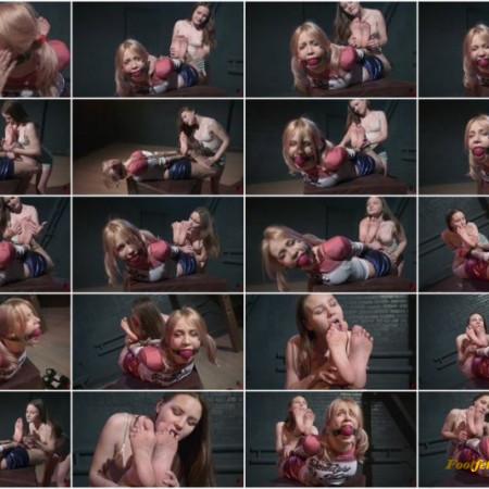 Russian Fetish – Paloma worships bare feet of tightly hogtied and ballgagged Olivia