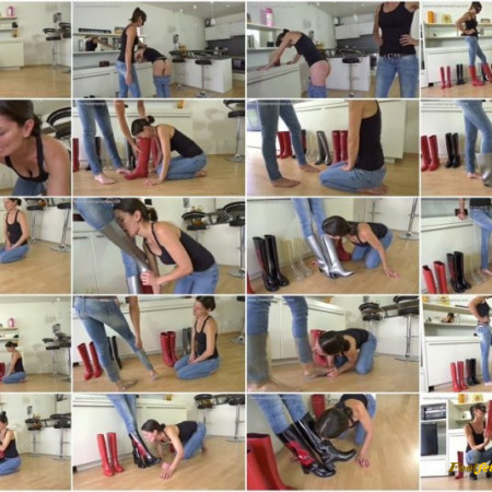 Madame Marissa – Slave girl punished in rubber boots