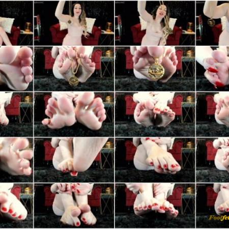 Katherine De Vil – Illuminati – Feet JOI