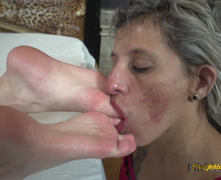 Bffvideos - Princess Emme White First Foot Worship Pt.3