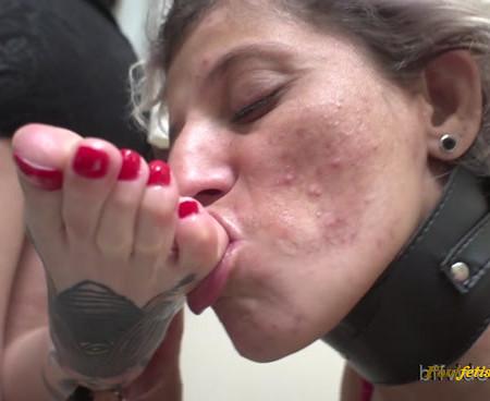 Bffvideos - Worship Milena Sweaty Soles After Work Pt.3